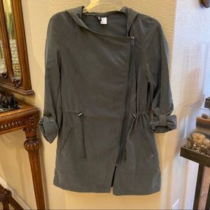 H&M Olive Lightweight Jacket with Hoodie Size 2